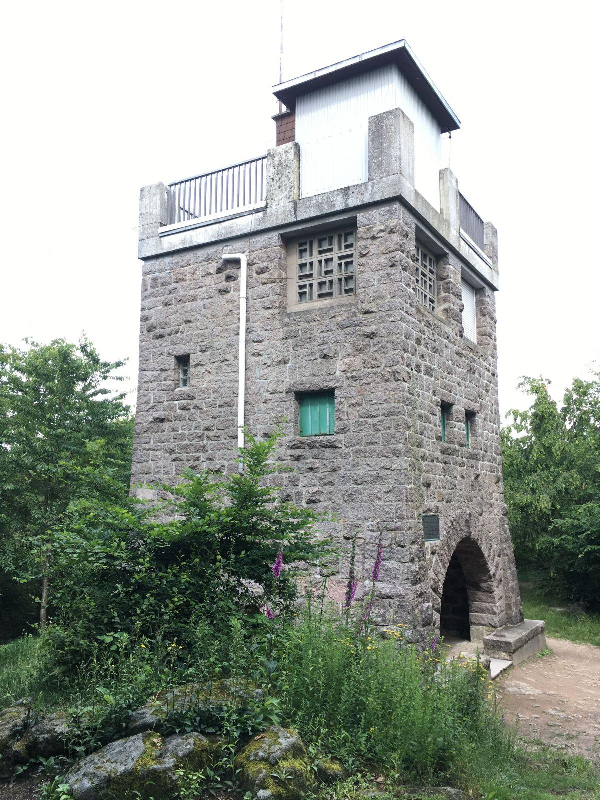 "Eichelbergturm ""Mannheimer Hütte"" Oberflockenbach"